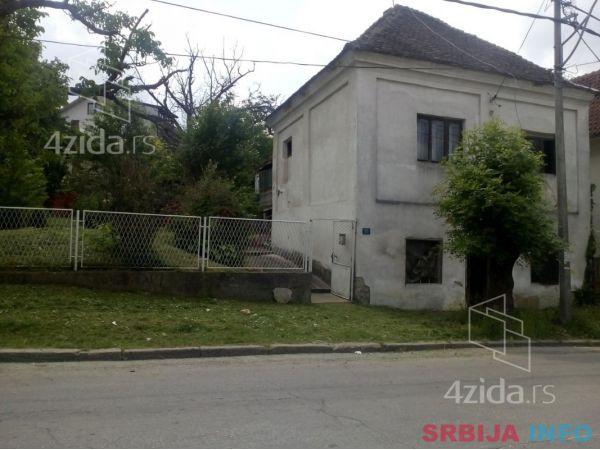 Na prodaju kuca u Arandjelovcu