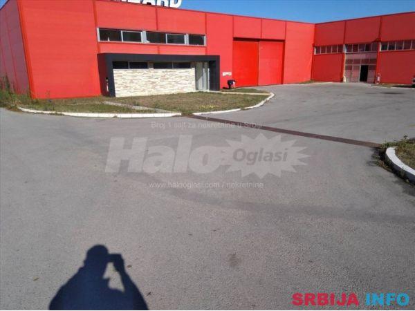 Hala u industrijskoj zoni Vrsca+zemljiste