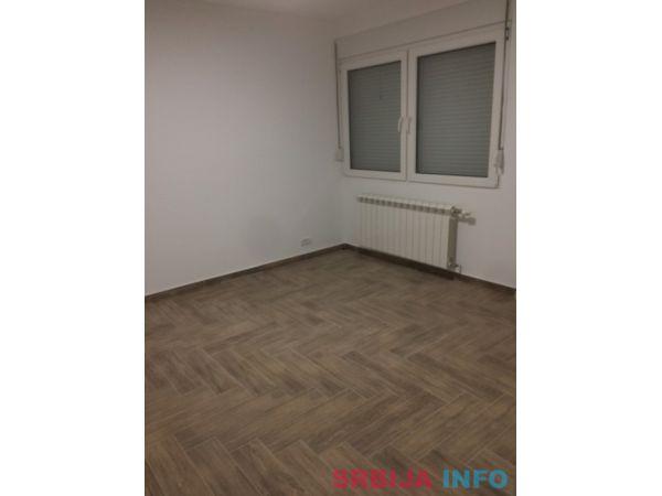 Na prodaju stan 56m2 Smed. Palanka, Kralja Petra Prvog 116/1