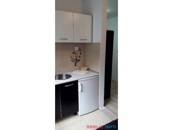 Na prodaju apartman na Kopaoniku-Brzece