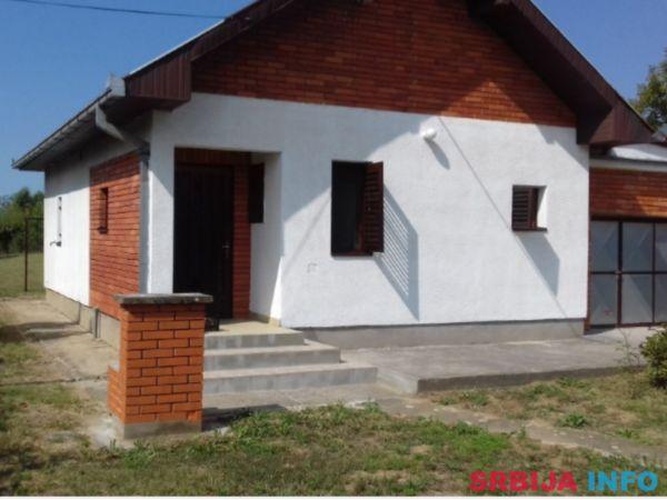 Sabac-Vladimirci (Skupljen), kuca i plac (106m2, 14.03ari)
