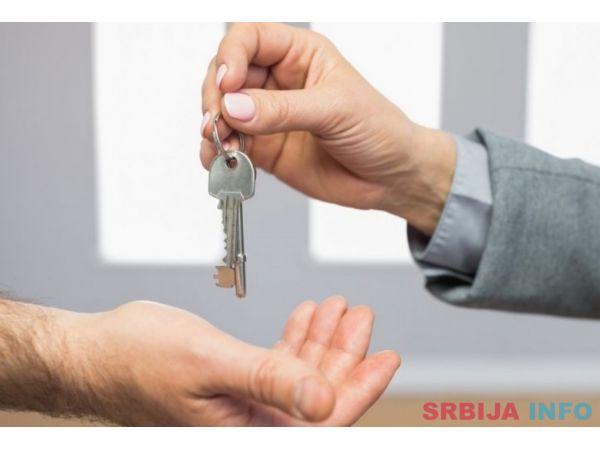 Prodajem stan u Crvenki, Borca