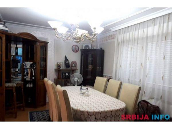 Kuca Smederevo-vikend naselje Jugovo