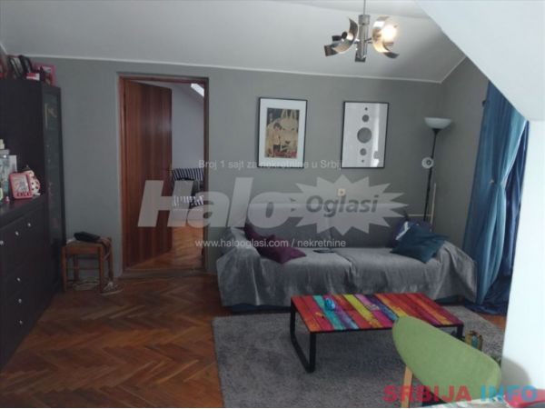 Prodajem stan na Grbavici