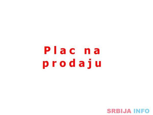 Novi Sad - Rumenački put preko puta pumpe Petrol - Plac
