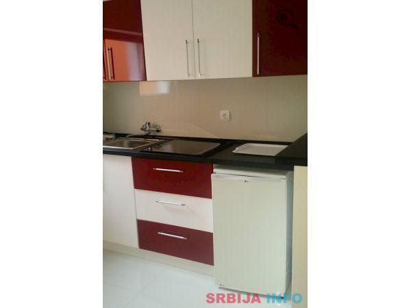Dvosoban Apartman Maca 5 Novi Sad Naselje Petrovaradin