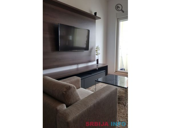 Dvosoban Apartman Royal Novi Sad Rotkvarija