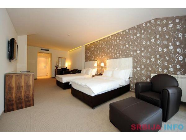 Hotel 1000 Ruza - Beograd