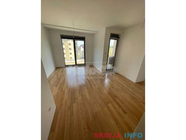 Prodajem LUX apartmane u najlepsem delu Zlatibora