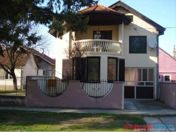 Kuca u Sremskoj Mitrovici