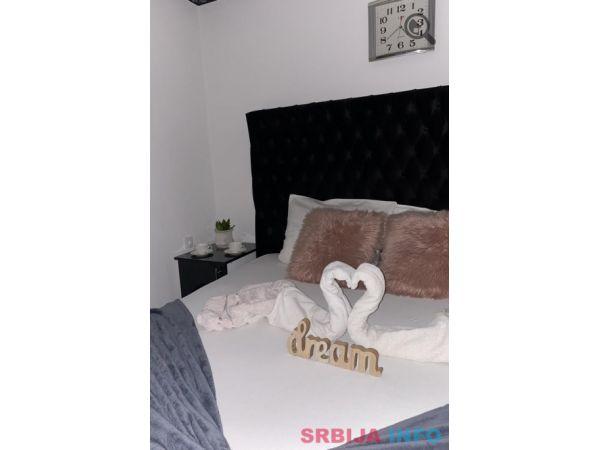 Četvorosoban Apartman Maca 6 Novi Sad Petrovaradin