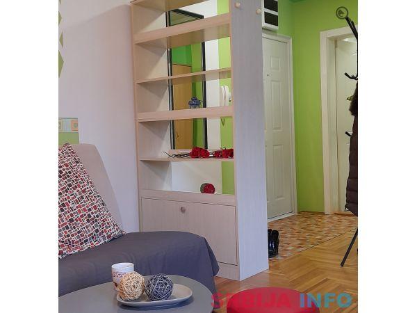 Studio Apartman Zira 1 Novi Sad Detelinara
