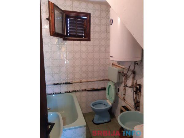 Na prodaju kuca u Cacku-Atenica