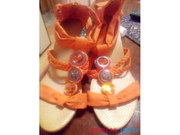 Sandale na prodaju