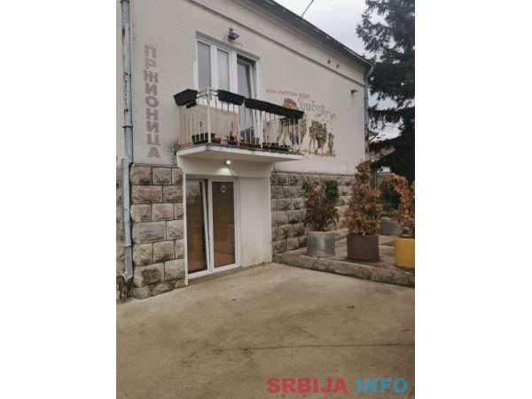 Kuca na prodaju Topola-Oplenac