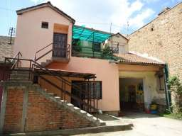 Prodajem kucu u Pancevu