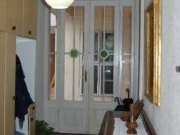 Prodajem kucu u centru Sombora