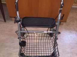 ROLATOR -hodalice za starije osobe