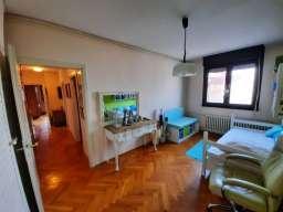 Prodajem 3.5-soban stan na Zvezdari-Vukov Spomenik