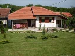 Kuca ili sobe za izdavanje-Vrnjacka Banja