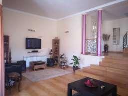 Poslovno stambeni objekat u Lazarevcu