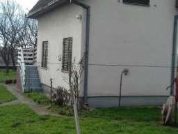 Prodajem kucu u Loznici