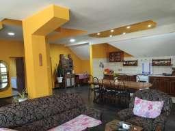 Prodajem stan Perucac-Centar