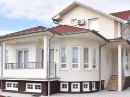 Na prodaju kuca ( hostel ) u Paracinu, 2