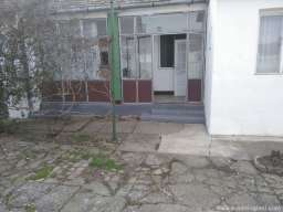 Prodajem kucu+plac-Krcedin