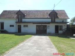 Porodicno imanje Vranic-Centar, 90ari+176m2 kuca